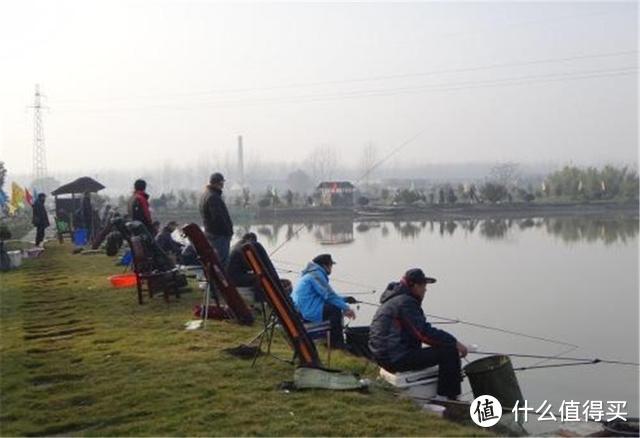 野钓时选钓位,凭的不是感觉,跟着鱼的习性来,渔获满满并不难