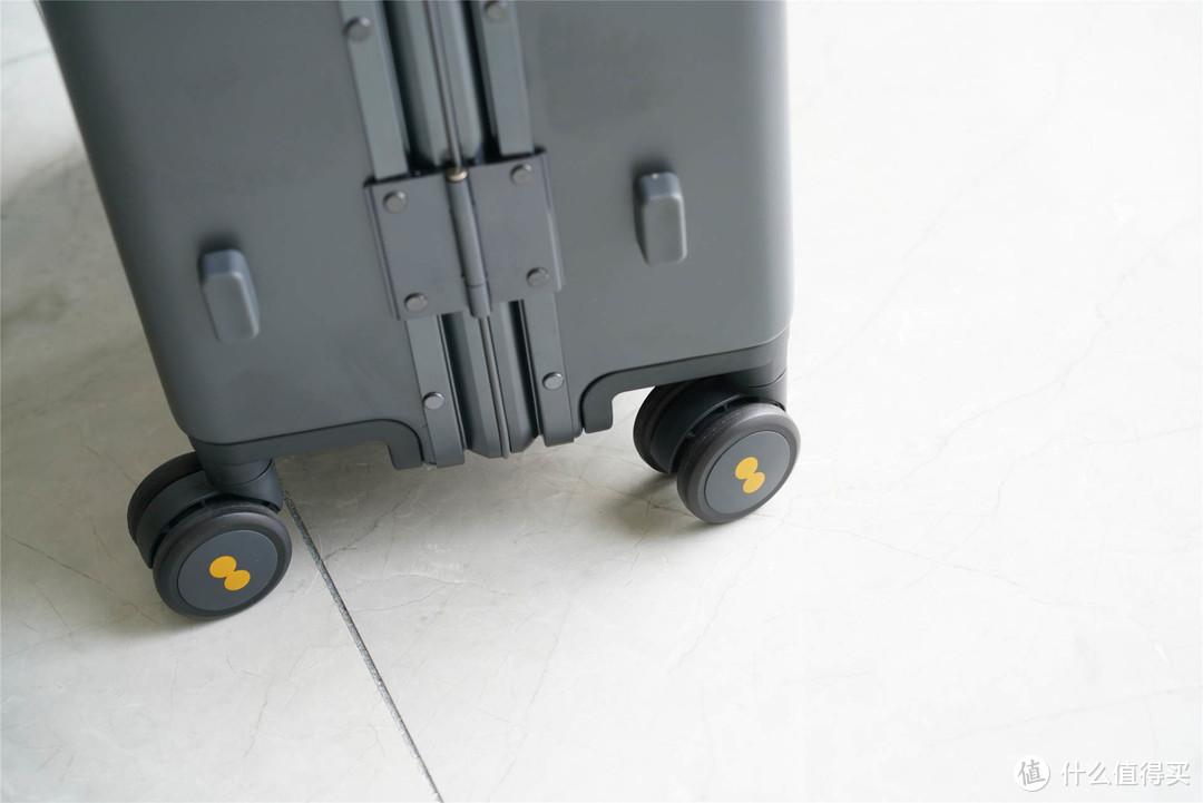 够强耐造,地平线8号旅行箱体验:找回功能是亮点