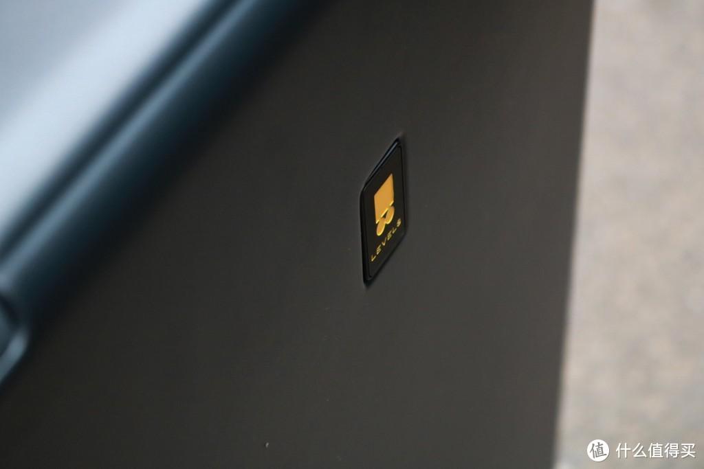 出差伴侣 落地更放心——地平线8号POWER系列登机箱