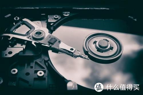 石墨烯配合HAMR技术使用可将硬盘数据存储量提高10倍