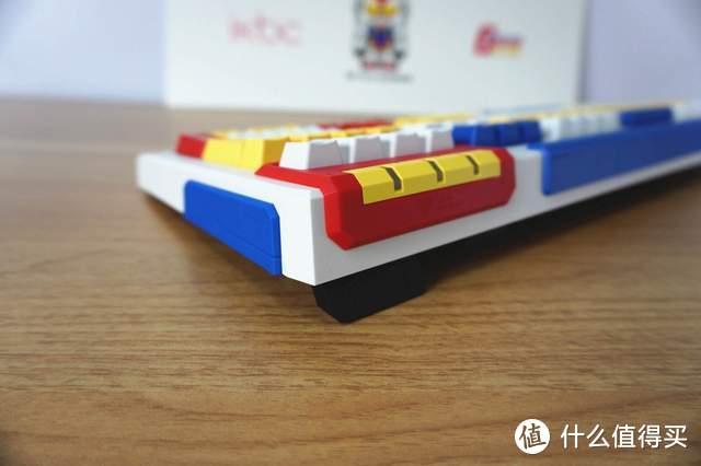 你的高达梦ikbc帮你实现!RX-78-2高达机械键盘体验:爷青回!