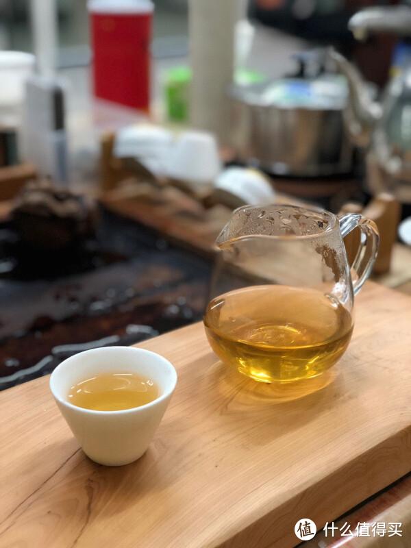 茶汤,橙黄明亮