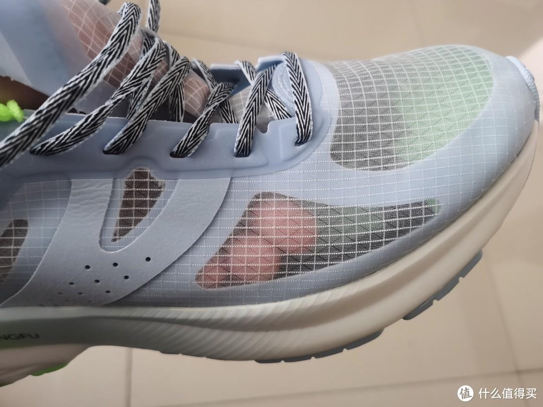 支持一双国产跑鞋,乔丹 飞影