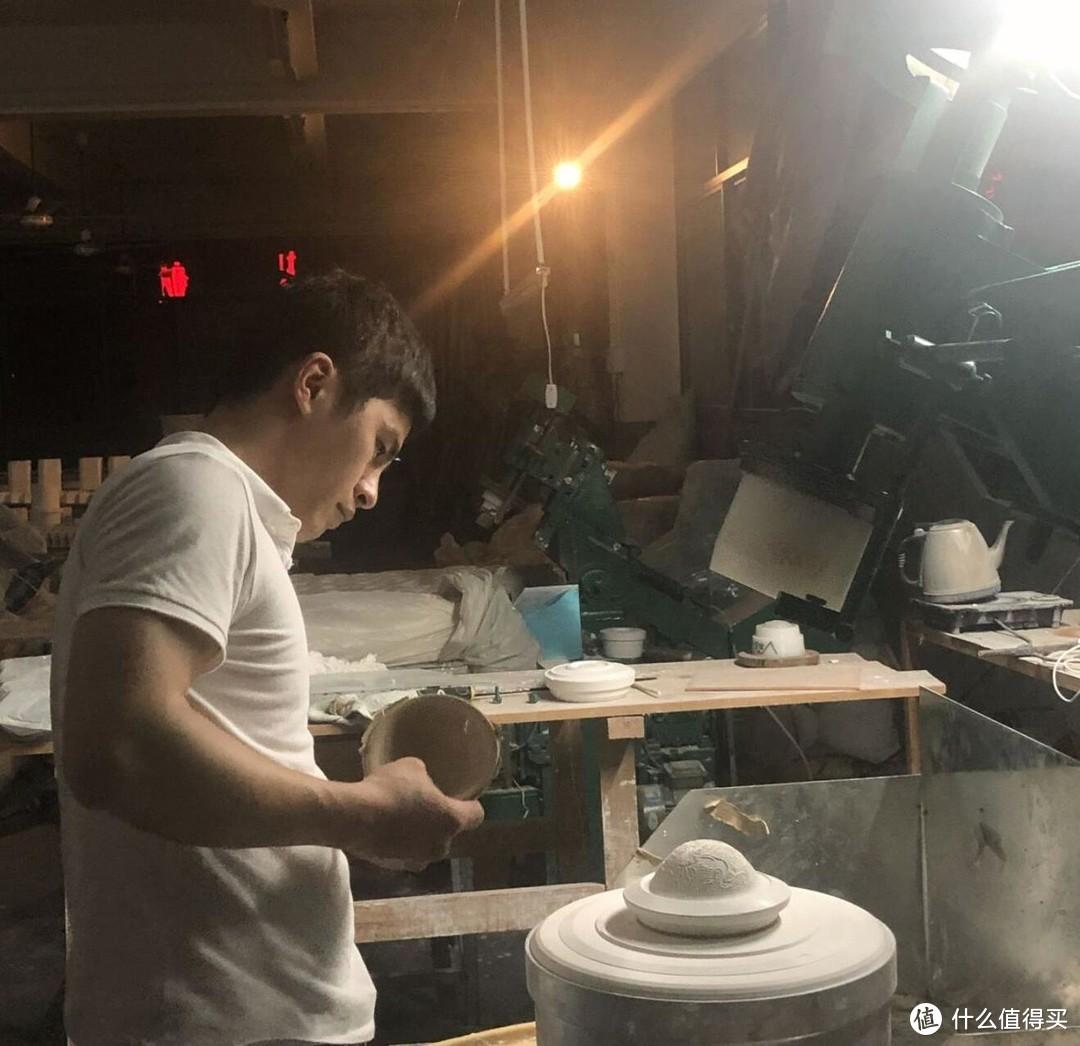 意叁陶艺师——罗明源