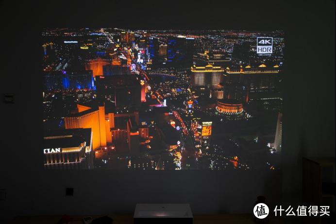性价比神作?不到万元的百吋巨屏 峰米激光电视 Cinema 系列 C2评测