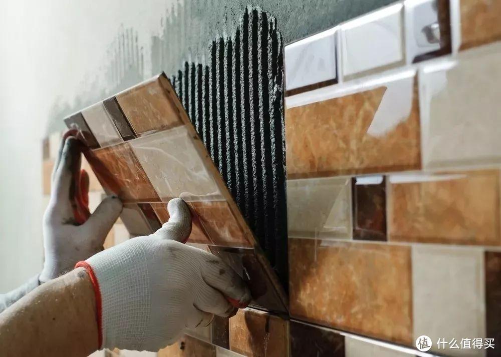 贴墙砖是门大学问,贴好了让人拍案叫绝,答案都在这篇文章里了