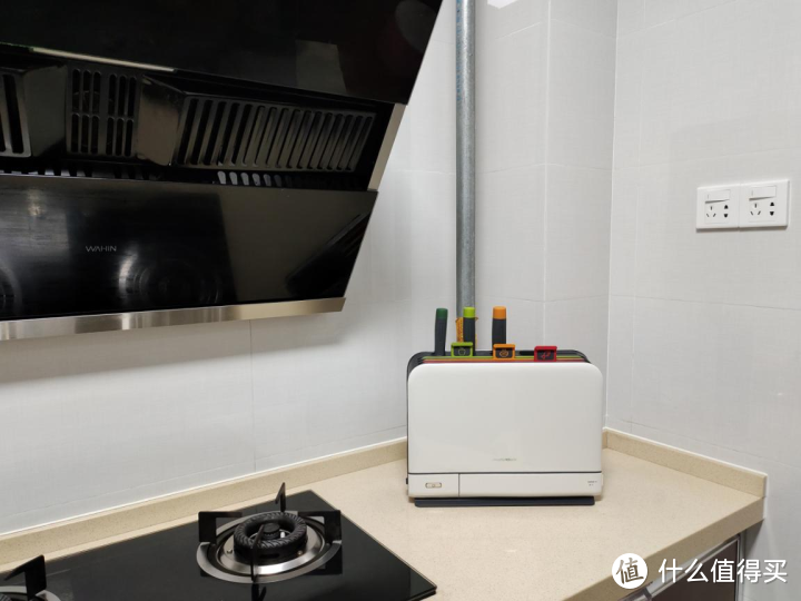 这款厨房用具,消毒、烘干、分类、收纳四合一,颜值还美腻