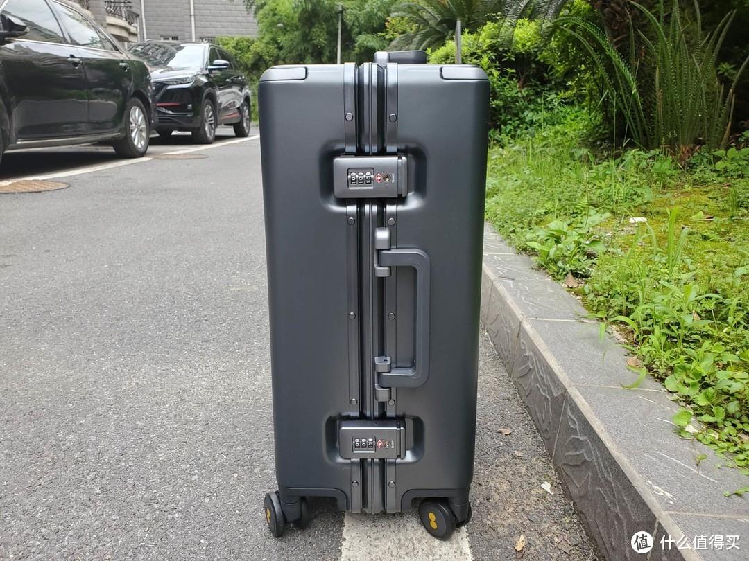 给你满满的安全感-地平线8号Power系列行李箱测评
