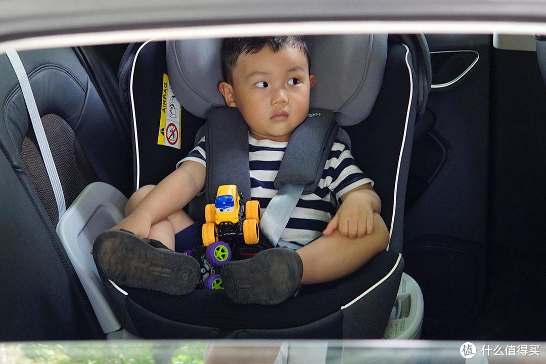 移动的头等舱,宝糖大白安全座椅让孩子坐到12岁
