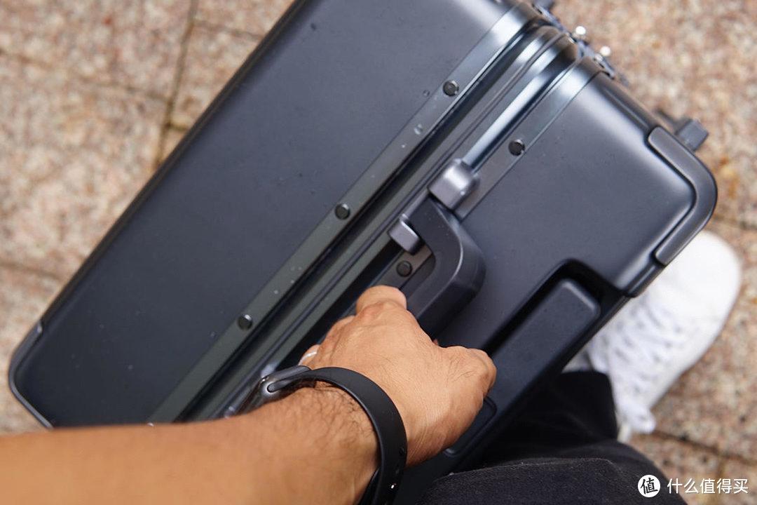 地平线8号POWER行李箱,恰到好处的高级感