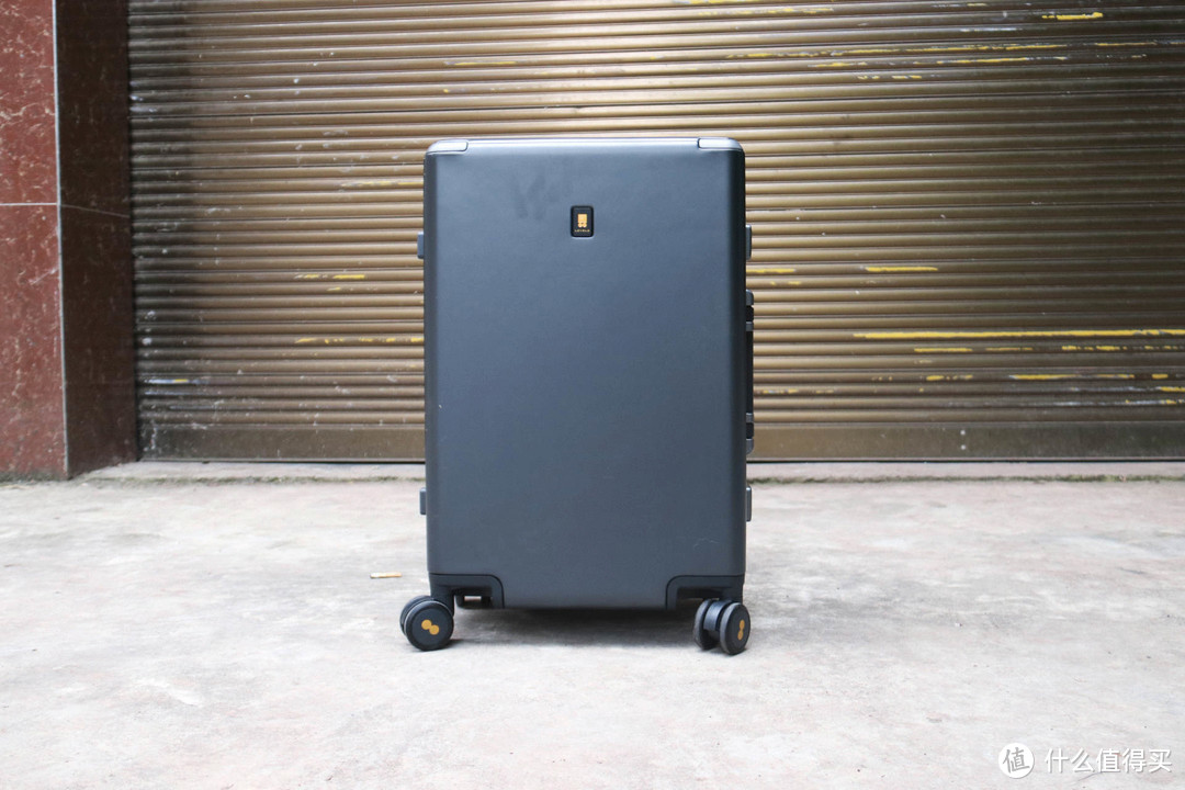行李箱该换了怎么选?地平线8号LEVEL8行李箱上手实测