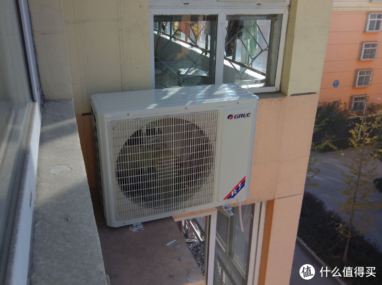 空调师傅上门安装时,有哪些必须要防的猫腻?