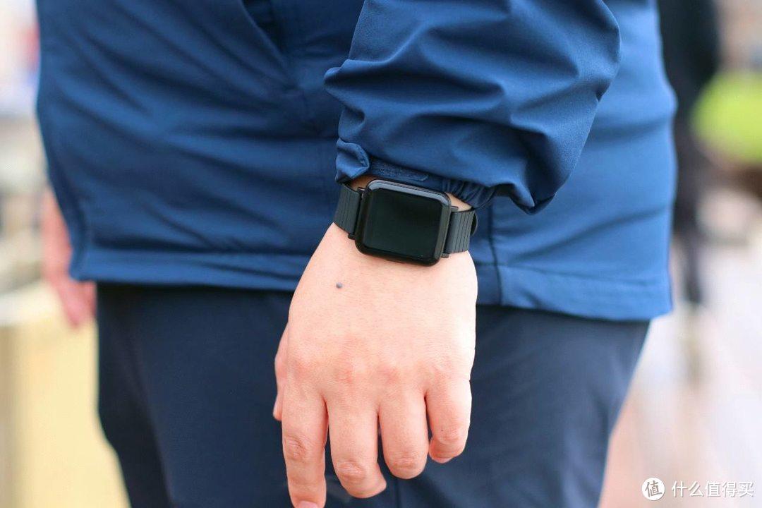 可监测血压、血氧,这款aigo FB01智能手表堪称国货之光