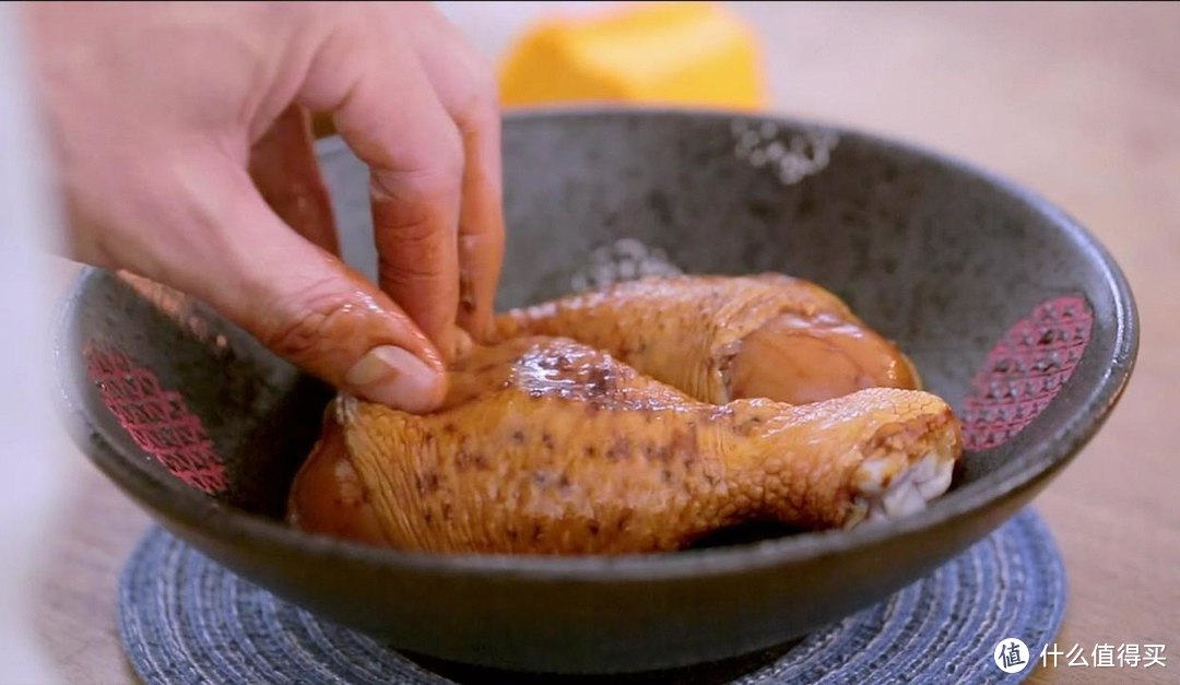 电饭煲蜜汁鸡腿饭,有菜有肉又有饭