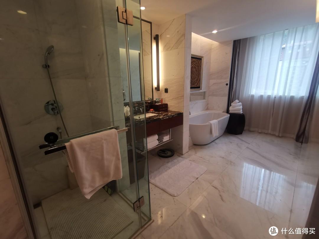 浴室就是这个样子的了