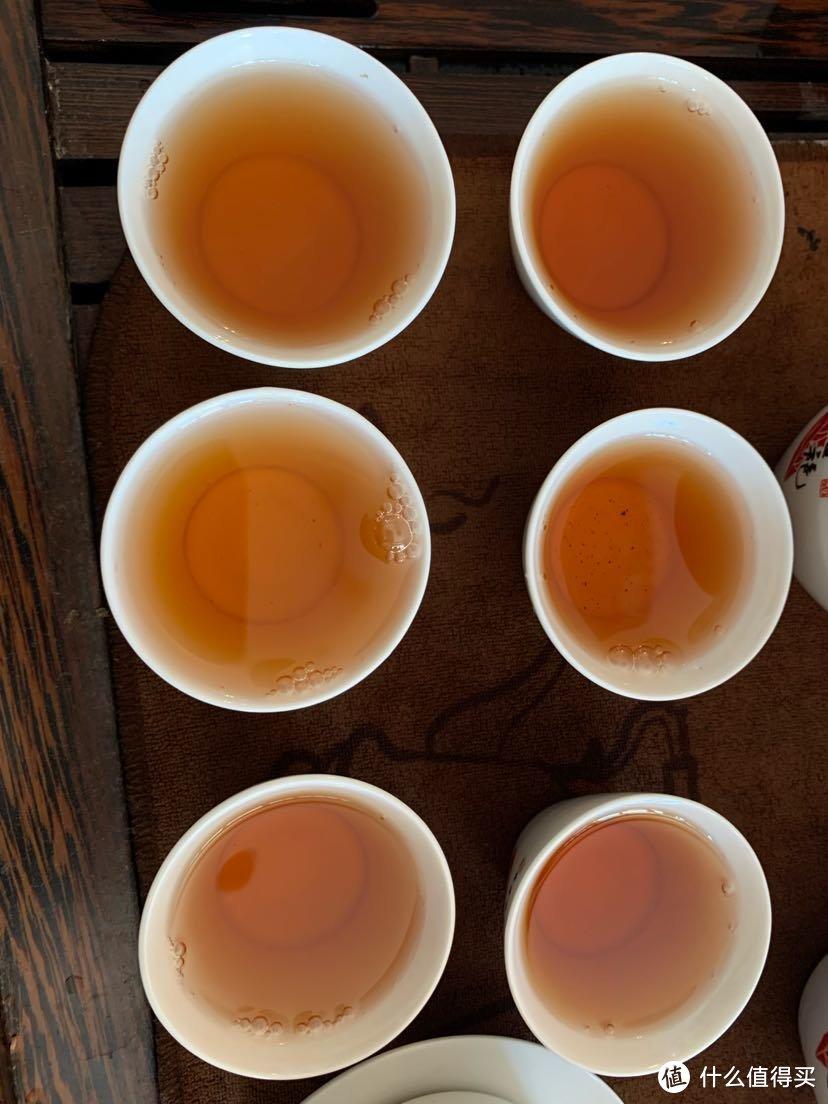 从上到下,从左到右依次是第七到十二泡的茶汤