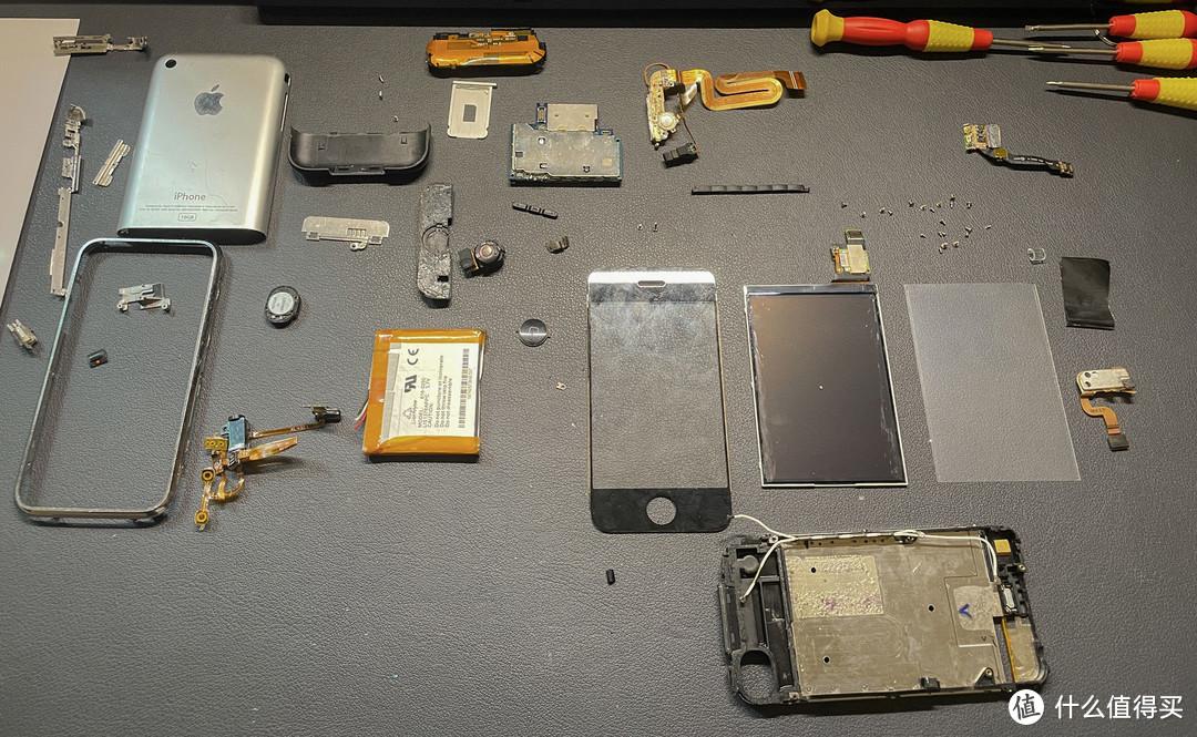 距离初代iPhone发布14年后,我尝试把它装裱起来珍藏
