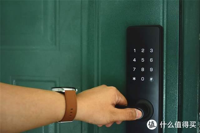 天猫精灵小益智能门锁:能远程开门,还支持智能联动