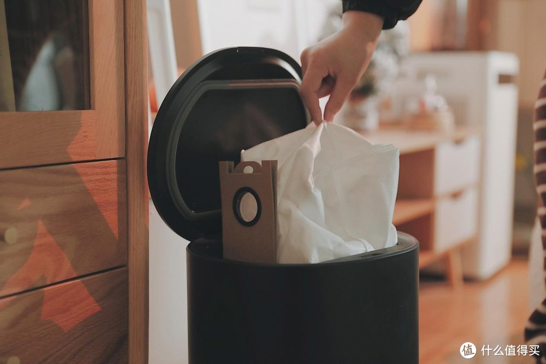 智能扫地机器人品牌推荐,UONI由利V980 Plus自动倒垃圾使用感受