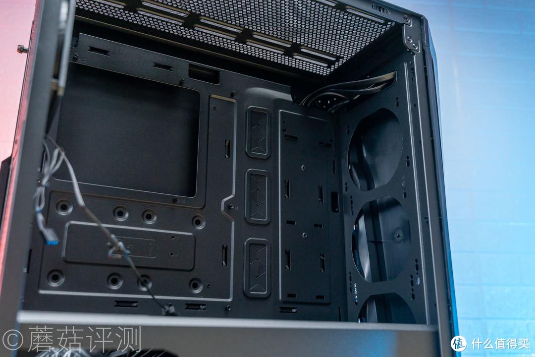 外观酷炫,散热优秀、酷冷至尊(CoolerMaster)MB540(旋风540)中塔机箱 评测