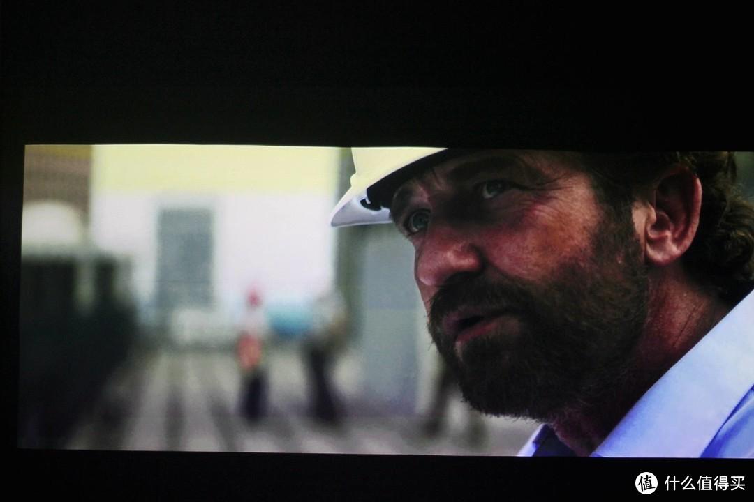 超短距高性价比之选 - 峰米激光电视Cinema系列C2