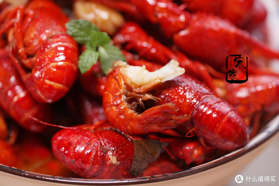 """吃小龙虾别""""多此一举"""",小心多做这1步,坏了1盘虾的口感"""