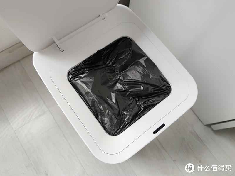真能自动倒垃圾?科技一小步,文明一大步,拓牛智能垃圾桶T1体验