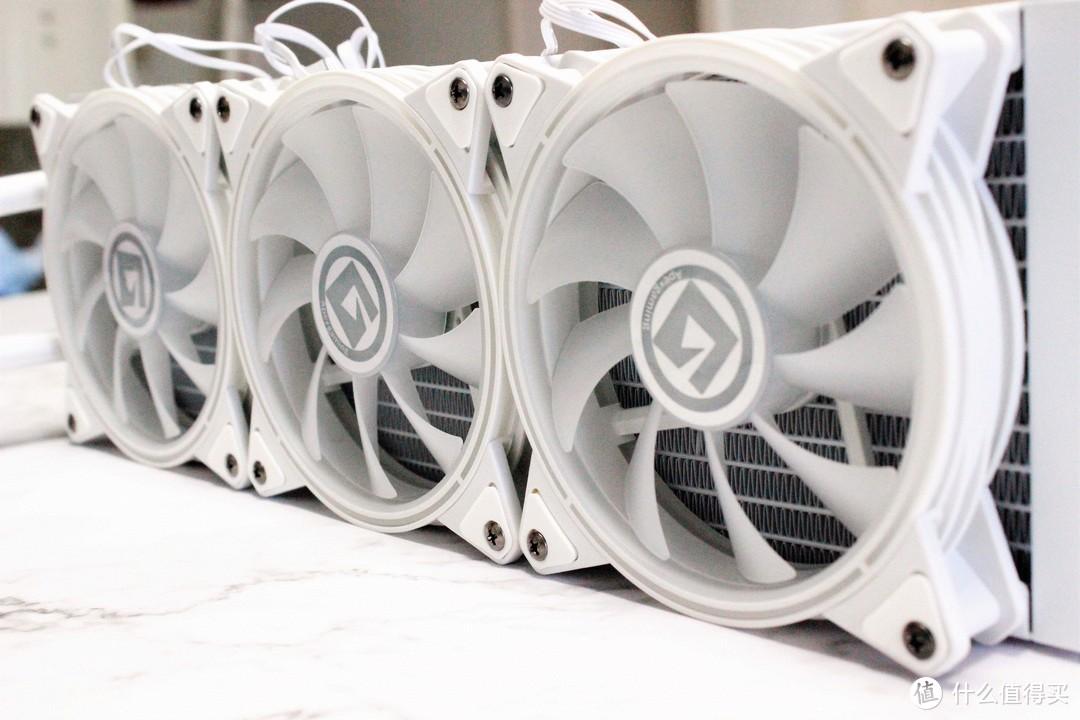 酷热天气给你电脑来点凉爽风—艾湃电竞LUNA-360白色水冷