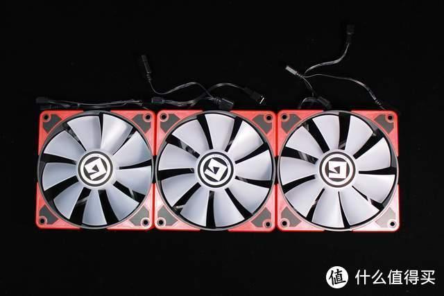 美商艾湃电竞TITAN 360一体式水冷散热器给你的电脑开空调了