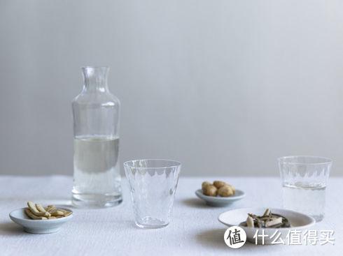 看惯了精致的餐具,你也许可以这些质朴感和粗糙感的食器