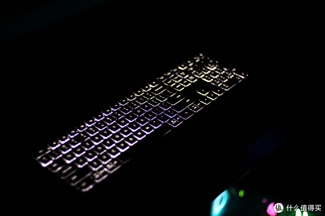 快人一步我是专业的!罗技无线蓝牙键鼠打造移动办公黑科技