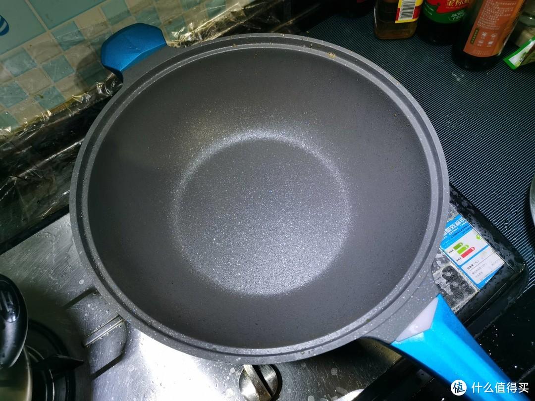 是时候展示你的厨艺了,帝伯朗菲尼雅不粘锅,让健康与美味同在