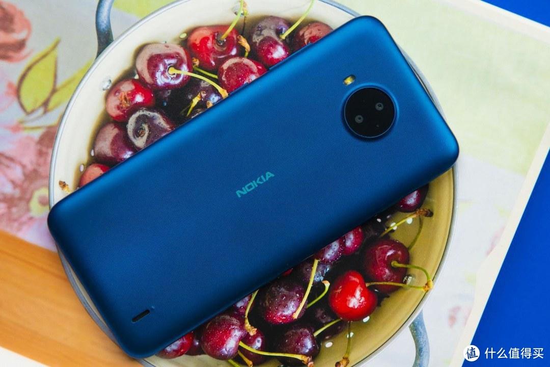 老朋友伴你跨越数字鸿沟 简单实用的关怀Nokia C20 Plus手机评测