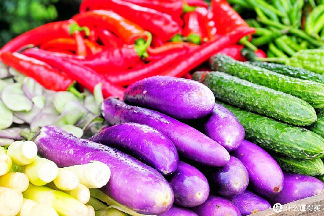 茄子别只懂红烧!教你健康好吃的做法,不炒不炸,软糯清爽开胃