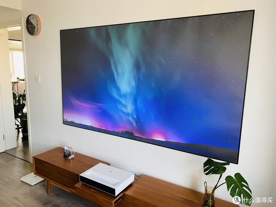 如果你有一万块,电视VS投影怎么选?我来说说看