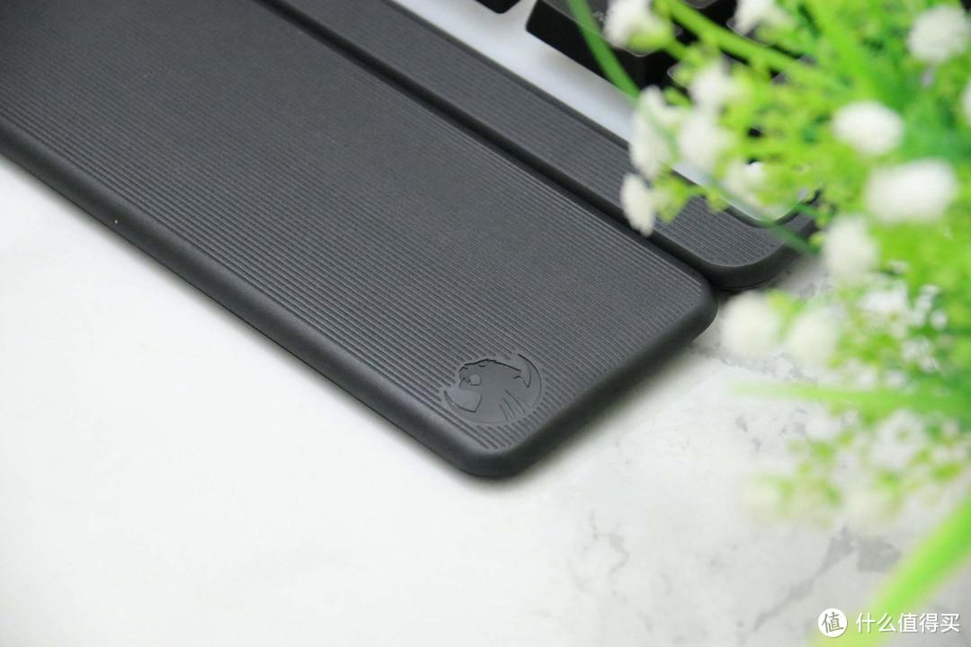 舒适又静音,炫酷看得见,冰豹MAGMA梅格有线RGB薄膜发光游戏键盘体验