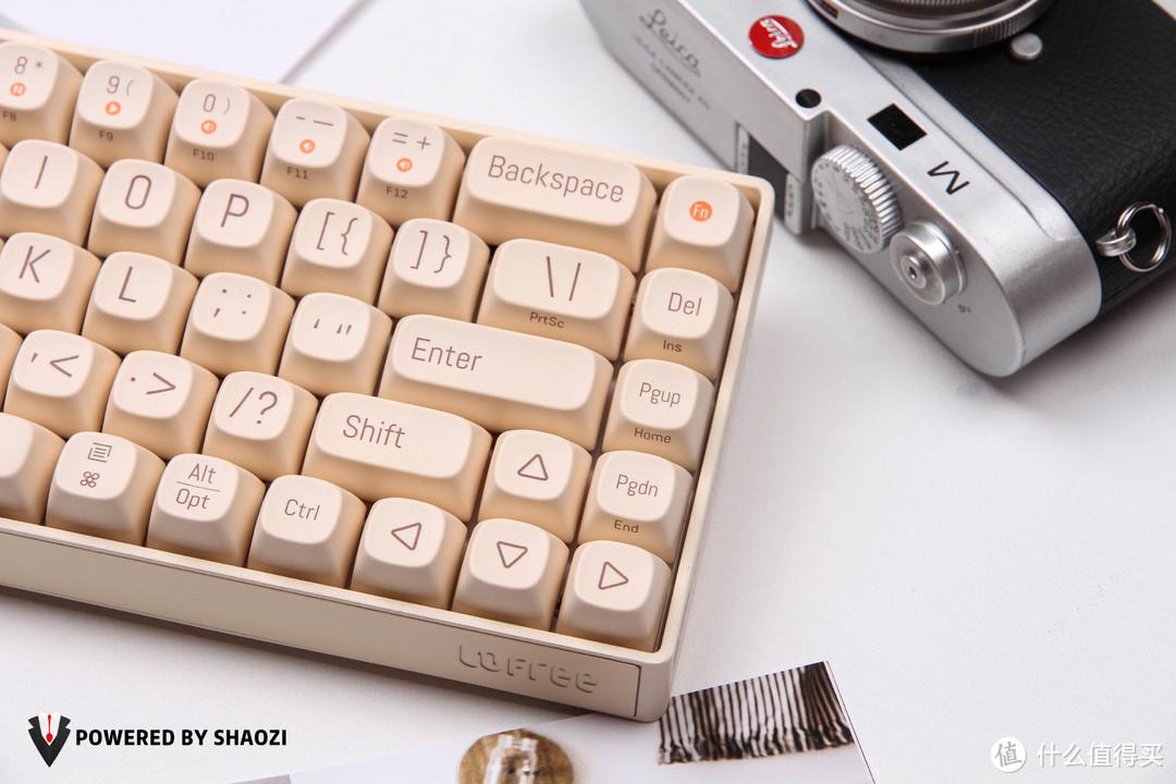 """""""秀色可餐""""的洛斐小翘蓝牙机械键盘,将DIY进行到极致"""