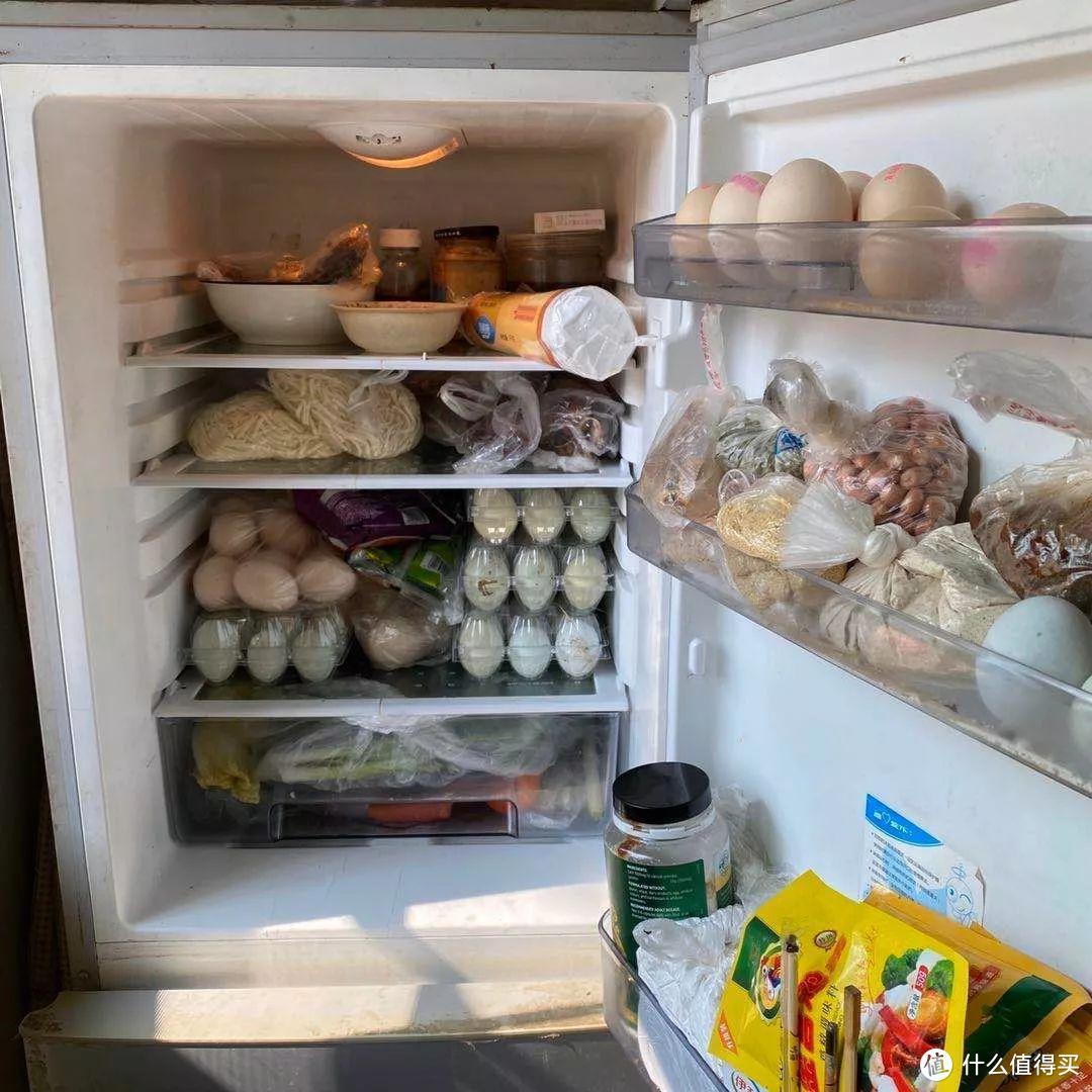 夏天,这4类食物别放冰箱里,别等发霉变质了,还不知道什么原因