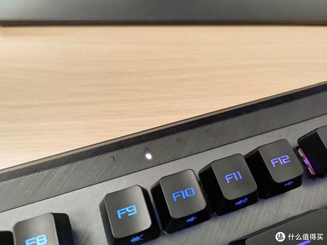 打工人的好键盘,ROG 龙骑士2代可分离式无线双模机械键盘开箱