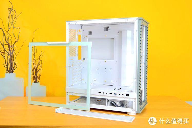 给英特尔11代平台找个家,白色机箱彩色水冷,这个搭配怎么样?