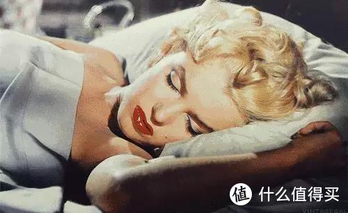 四年睡过100张床,说说为什么睡够8小时却越睡越累?