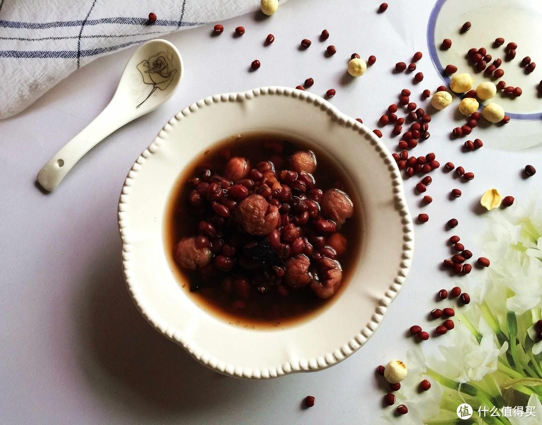 夏季出汗多,常给家人煮三豆汤,美味又解暑,精气神十足过夏天