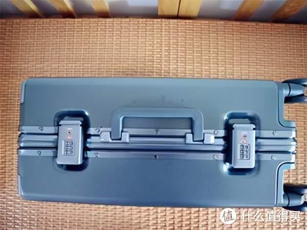 更坚固,更安心——地平线8号POWER系列登机箱