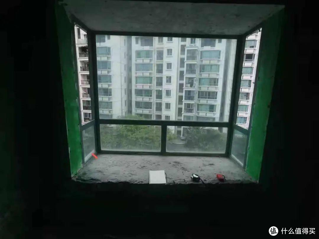 原有的旧窗户