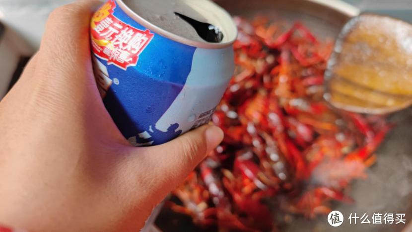 夏日美食少不了小龙虾,分享一道家常做法