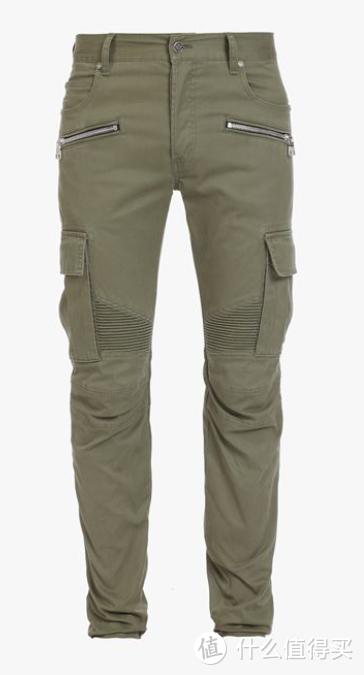 卡其色中腰锥形工装裤,采用混棉帆布面料。