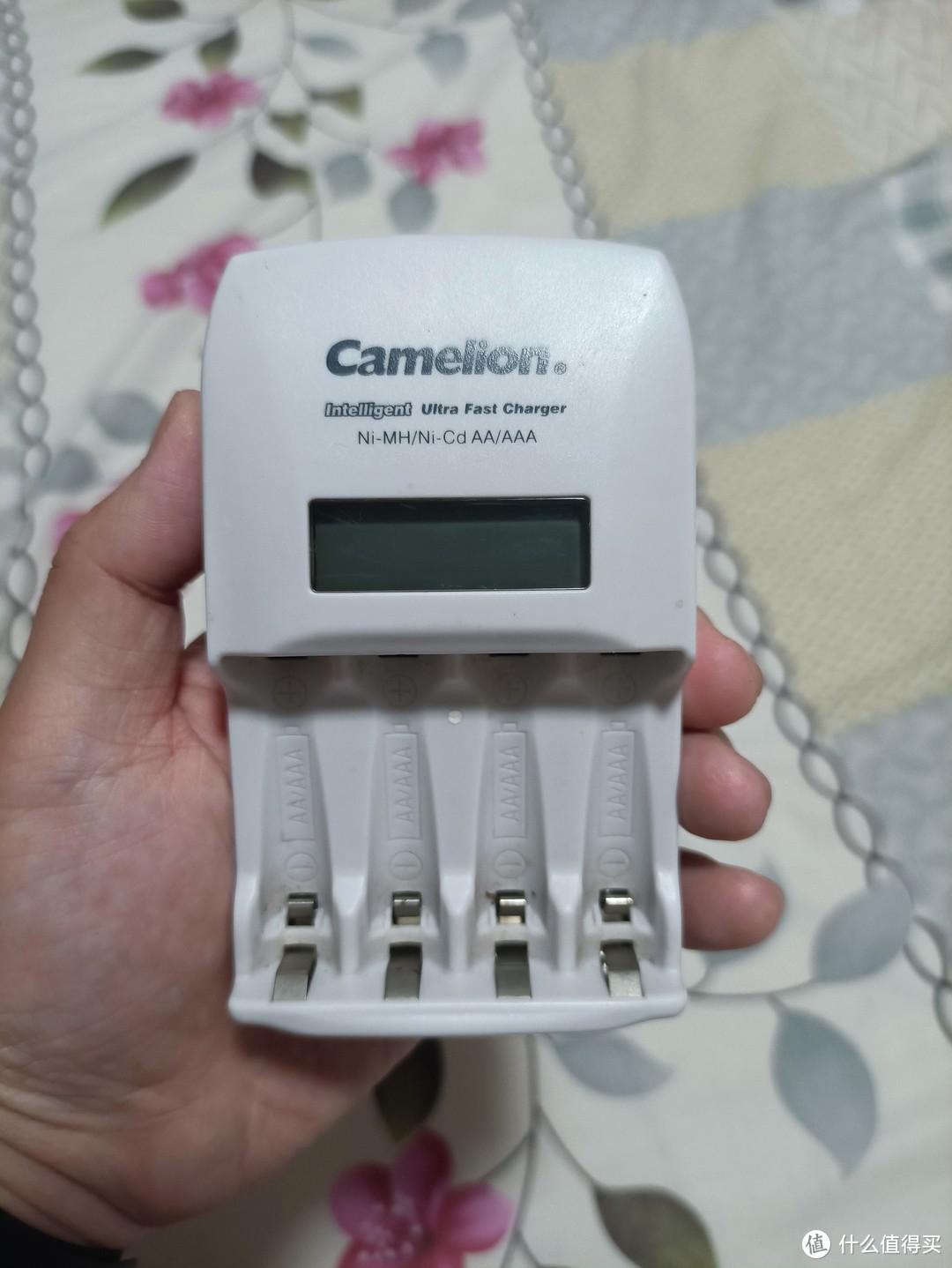 图书馆猿の飞狮(Camelion) BC-0907 四槽LCD智能液晶显示快速充电器 简单晒