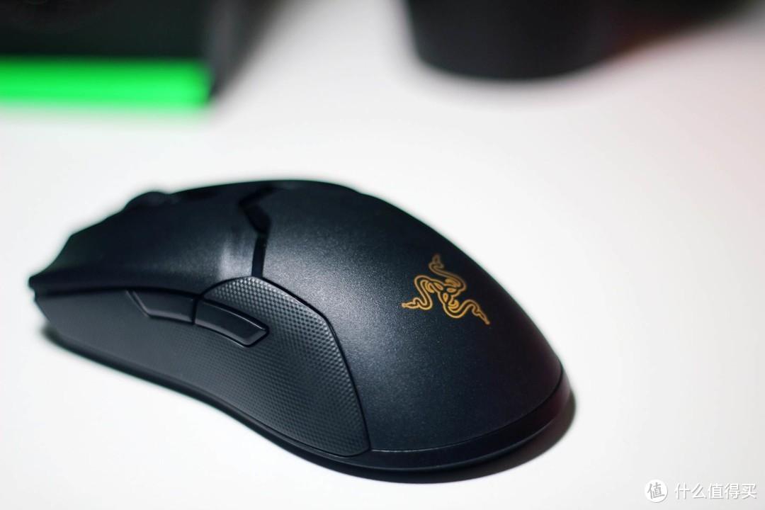 一步到位的无线游戏鼠标?雷蛇毒蝰终极版