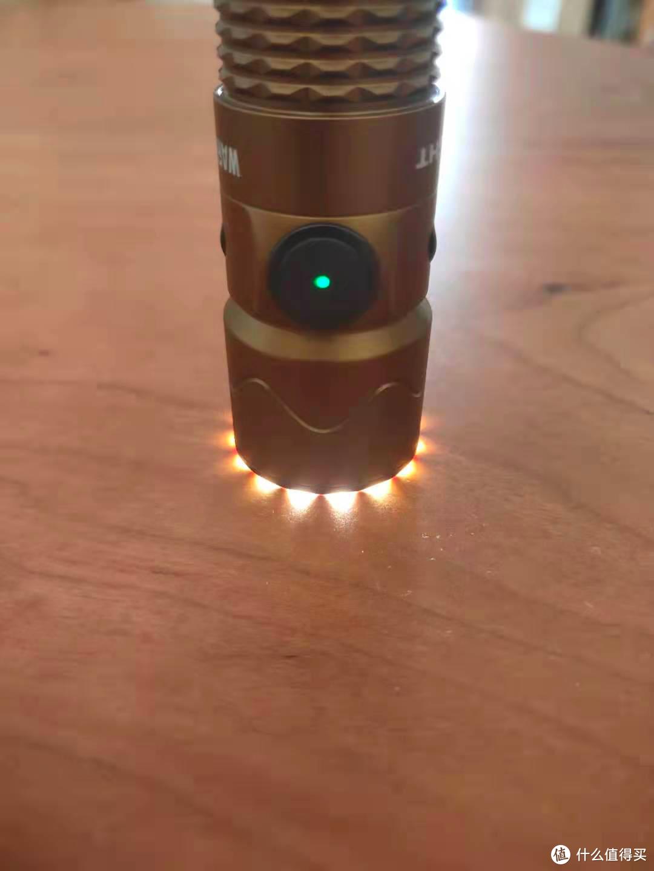 刺破黑暗,安全随行!傲雷武士Mini 2户外战术手电筒入手体验