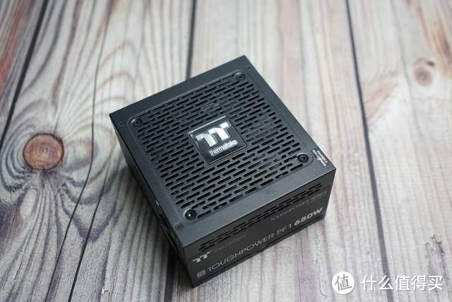 Tt钢影钢影650W白金全模组电源:更安静,更稳定,更强劲